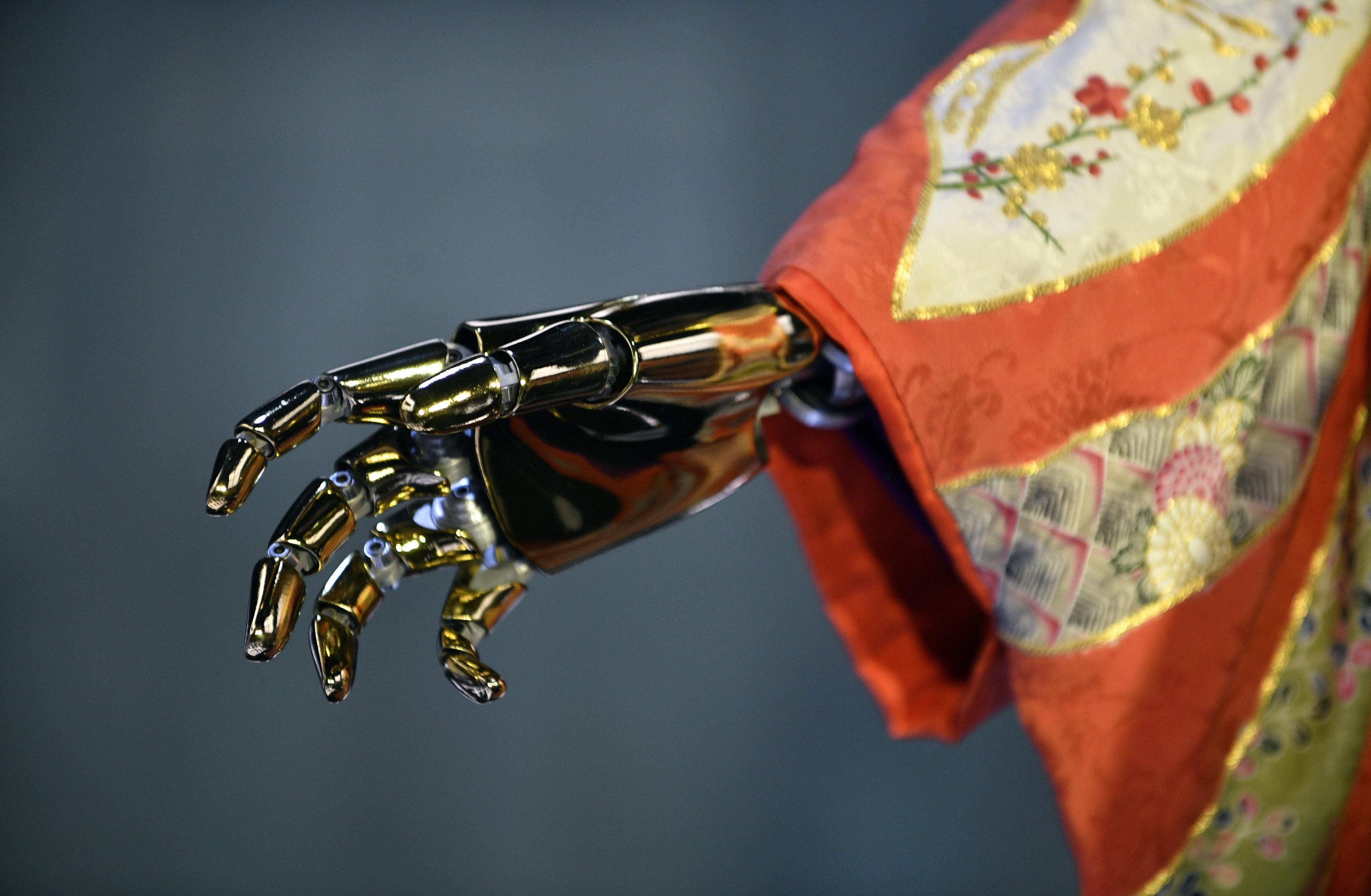 Bruxelas quer aumentar o investimento na inteligência artificial em 20 mil milhões de euros até 2020
