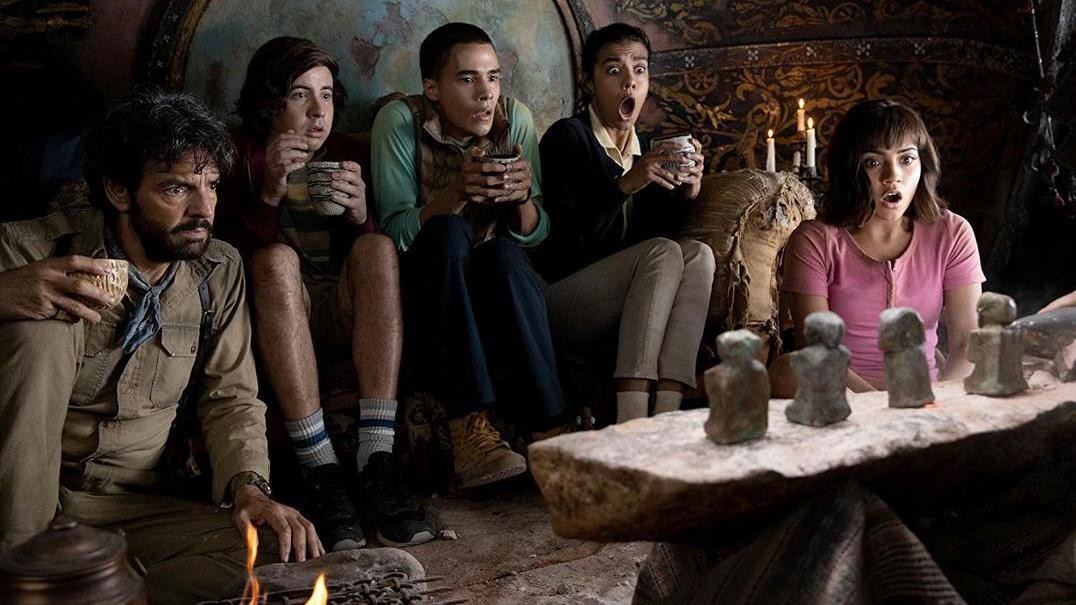 "Popular exploradora dá salto para o cinema: o trailer de ""Dora e a Cidade Perdida"""