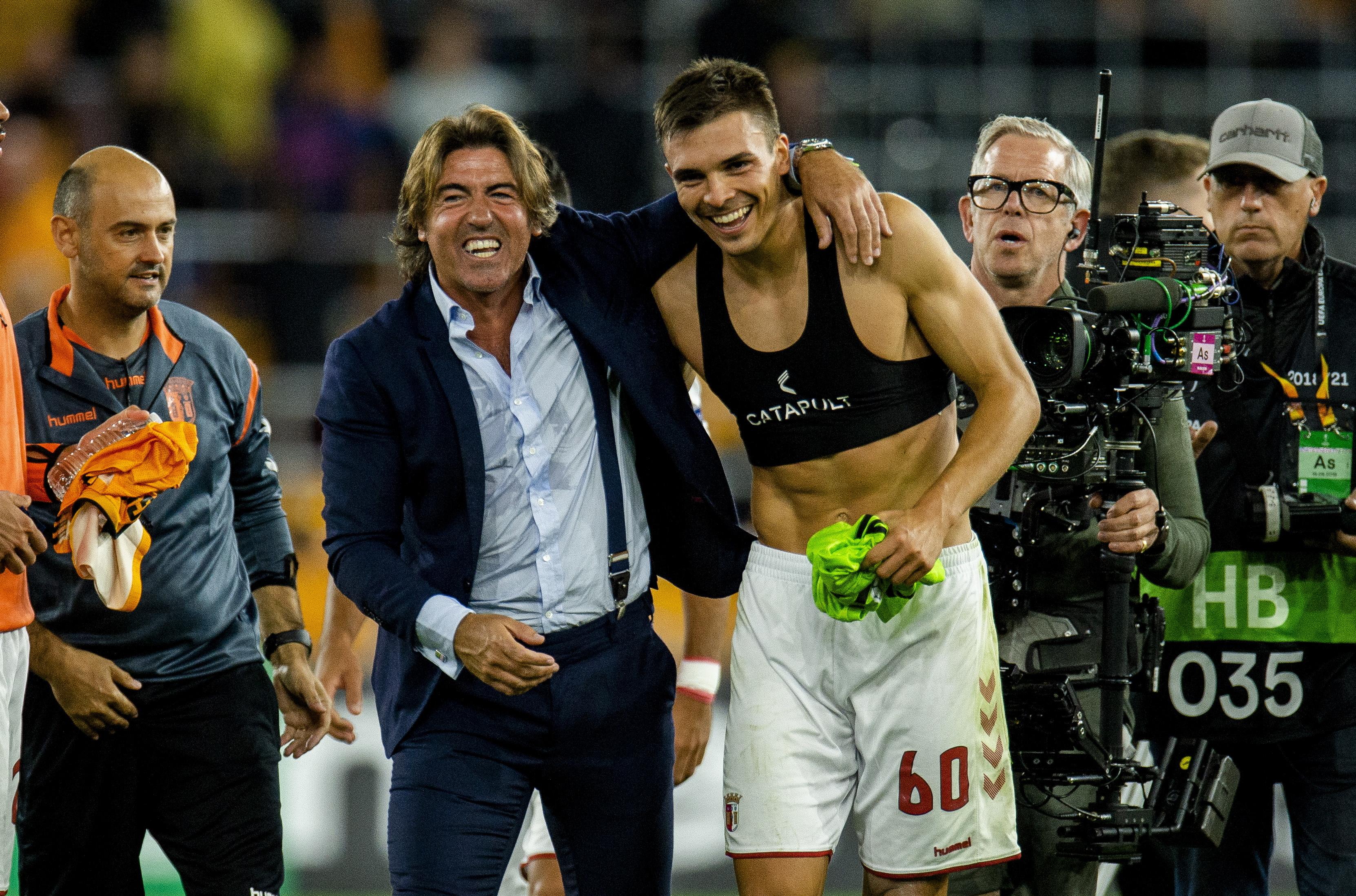 """Sá Pinto fala dos recordes, da vitória e do sorteio: """"A partir de agora temos de nos divertir"""""""