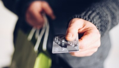 Cinco vantagens na utilização do cartão de crédito