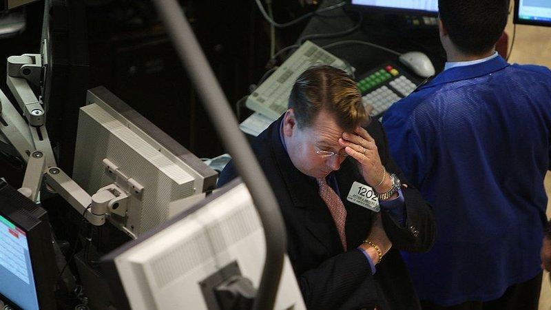 Trambolhão em Wall Street depois da queda da dívida soberana