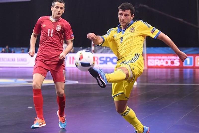 """Sérvia vence no último segundo e está na """"meias"""""""