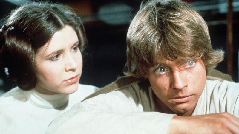 """""""Star Wars"""": Antes de se tornarem """"irmãos"""", Mark Hamill e Carrie Fisher foram além da amizade"""