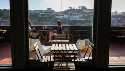 Sete sítios para beber um copo ao fim da tarde no Porto e em Gaia
