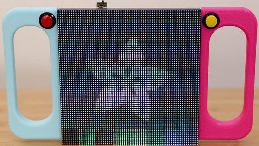 """Um """"brinquedo de areia"""" mas com LEDS… mais precisamente 4.096"""