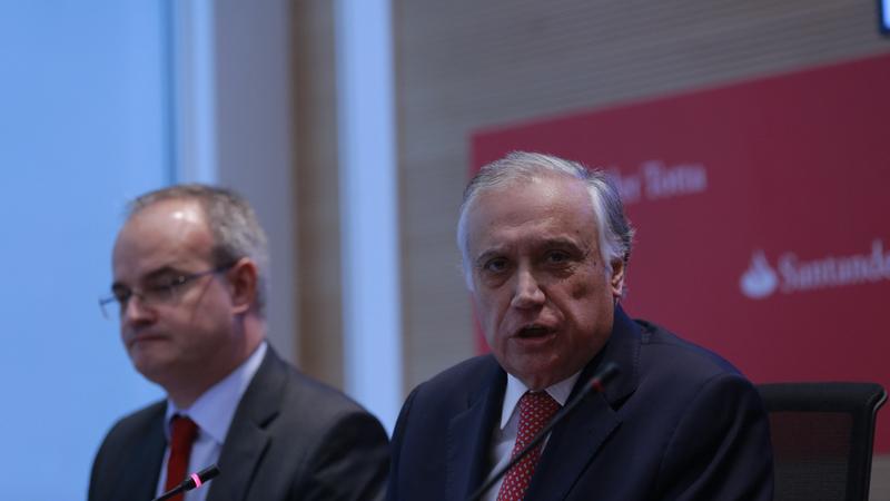 """Vieira Monteiro: """"Não entendo como é que o Fundo de Resolução é chamado a mais encargos com o Novo Banco"""""""