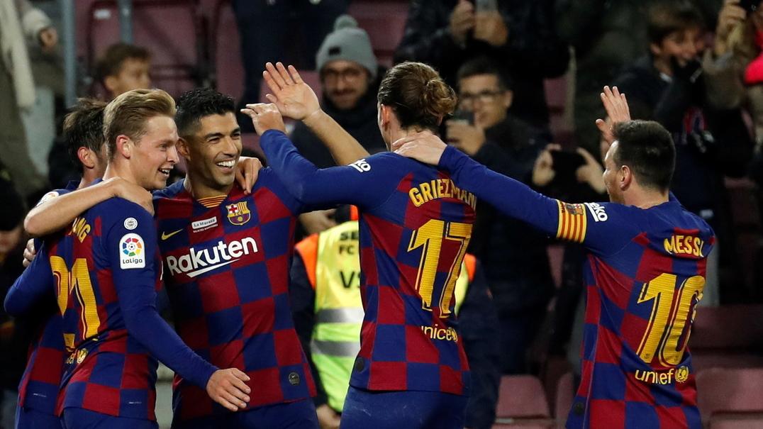 Suárez fez o impossível com este golo de calcanhar