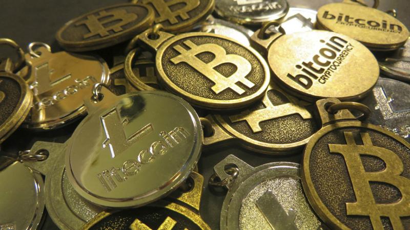 Bitcoin não tem limites: já superou 2.600 dólares e subiu 500% num ano
