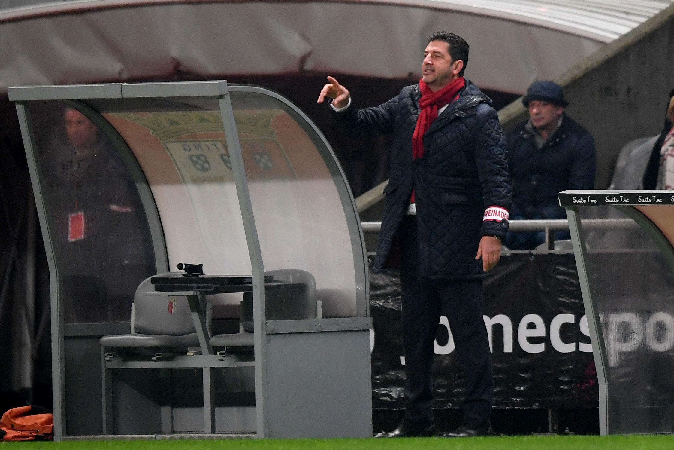 Benfica despreocupado com ausência de André Almeida visa triunfo sobre Chaves