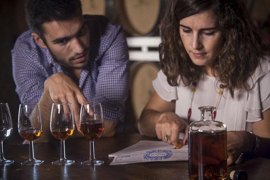 Nova marca portuguesa de aguardente vínica acaba de chegar ao mercado