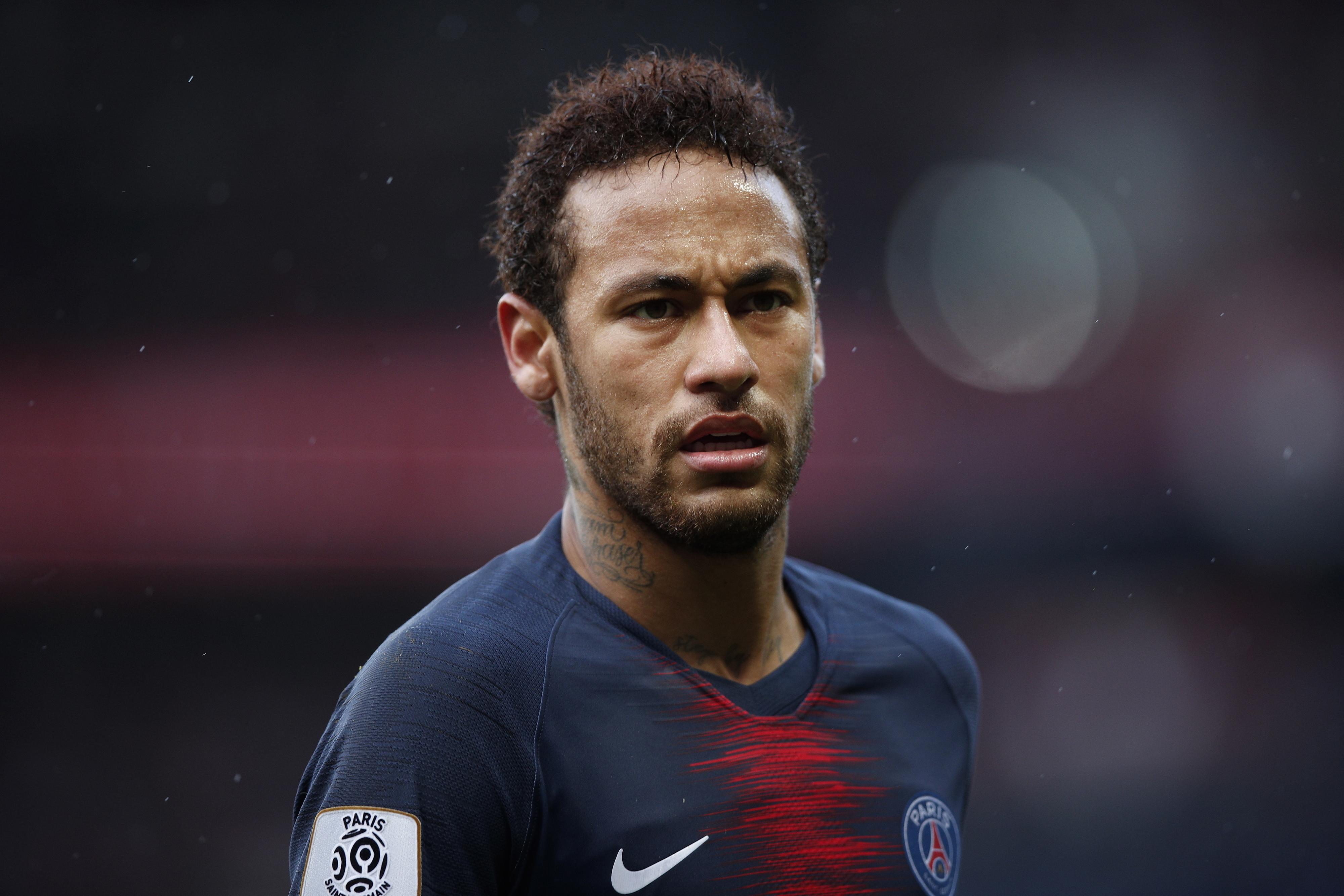 Jornal 'L'Équipe diz que Neymar e PSG estão próximos da reconciliação