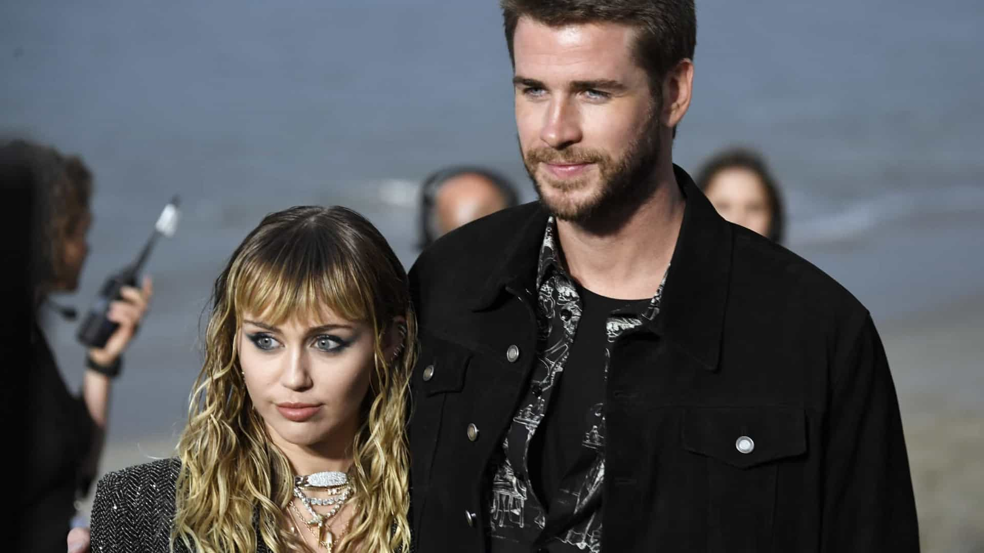 Liam Hemsworth soube do fim do casamento pelas redes sociais