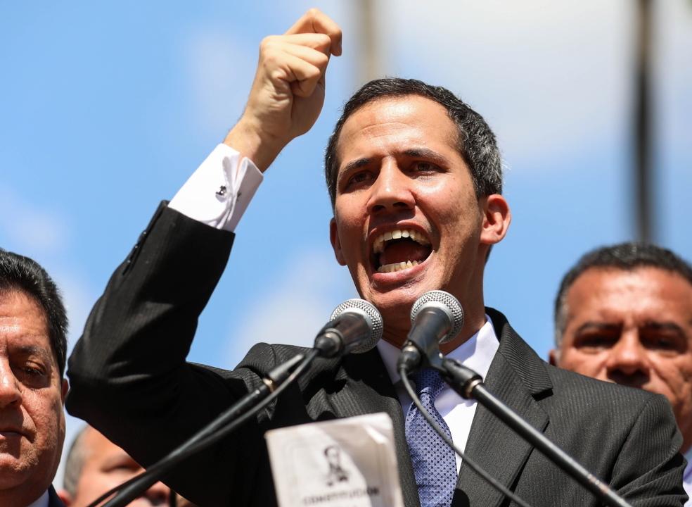 Venezuela: Juan Guaidó declara-se Presidente interino do país