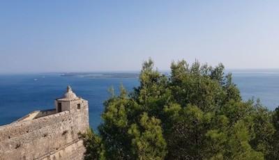 Forte de S. Filipe: a beleza de uma fortaleza inspirada num castelo