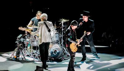 """""""Fernando Passoa"""" e """"Saramango"""": as gaffes dos U2 nas redes sociais"""