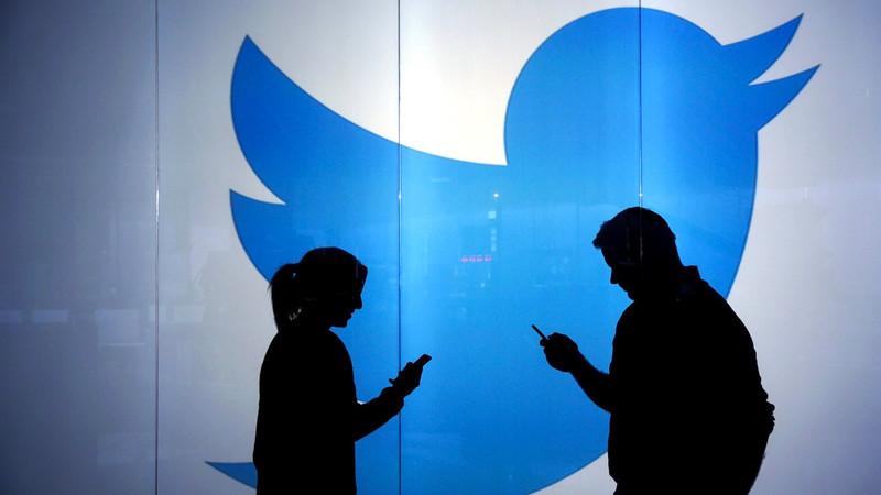 Twitter quer corrigir políticos que partilham informações falsas