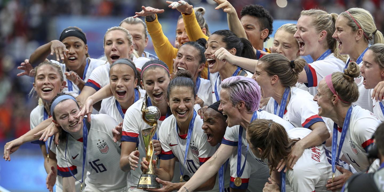 EUA ponderam candidatura para o Campeonato do Mundo de Futebol feminino de 2027