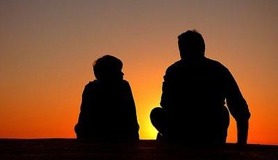 Como evitar ser um pai superprotetor?