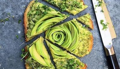 Holandesa apaixonada por abacate cria receitas e fotografias deliciosas