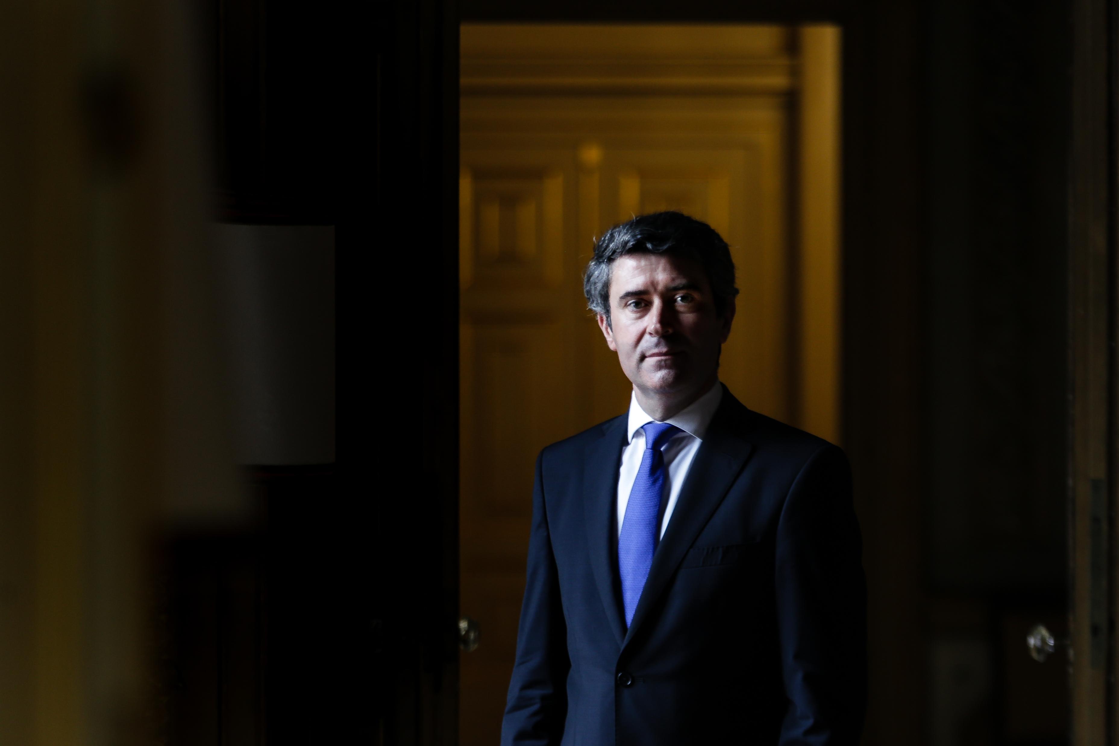 Governo português pede esclarecimentos sobre caso de português morto pela polícia em França