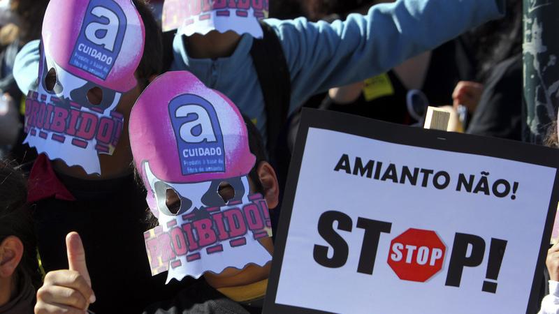 Plataforma para denunciar escolas com amianto recebeu 40 queixas numa semana
