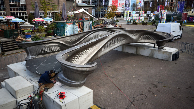 Veja as imagens da primeira ponte de aço impressa em 3D