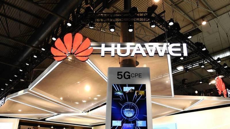 """Huawei """"confirma"""" smartphone dobrável… com 5G"""
