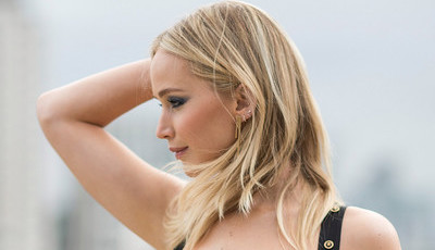 Jennifer Lawrence reage à polémica sobre a 'ousadia' do seu vestido