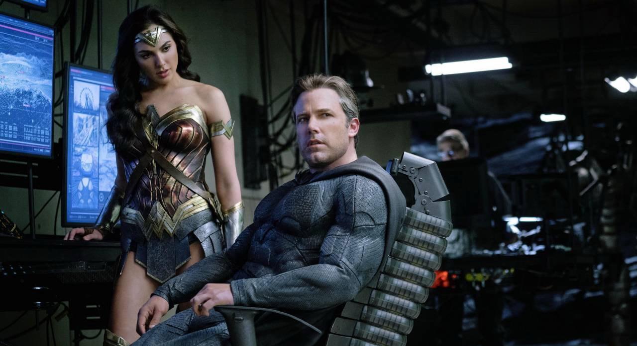 """Justiça para """"Liga da Justiça""""? Gal Gadot e Ben Affleck querem ver versão original do filme"""