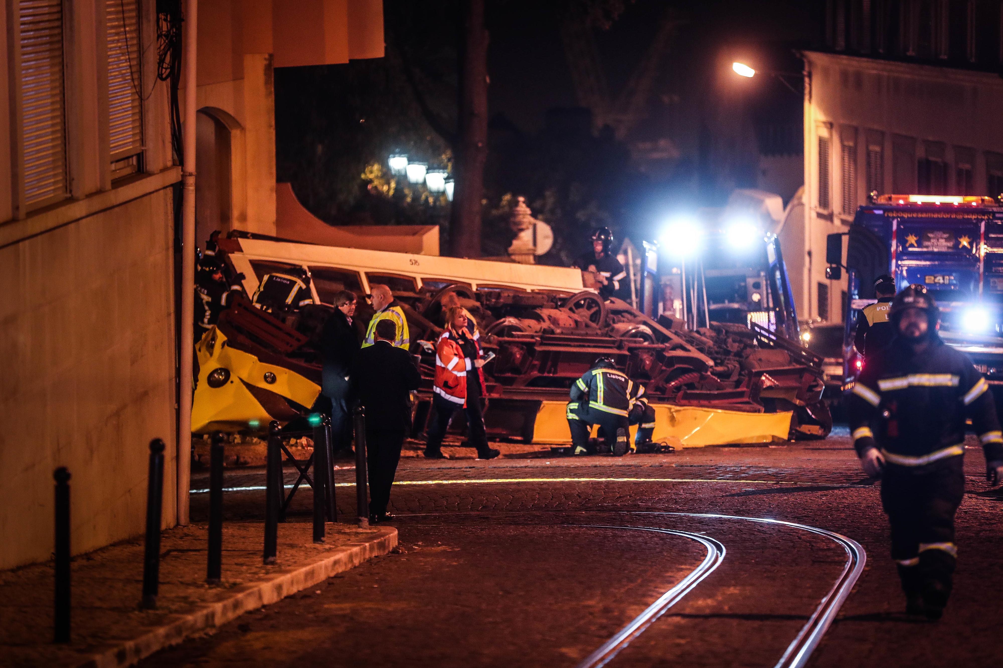 Junta da Estrela ativa apoio psicossocial a familiares de vítimas do acidente com elétrico em Lisboa