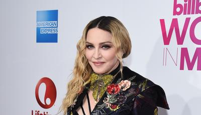 """""""Força, Benfica"""": Madonna festeja vitória do filho"""