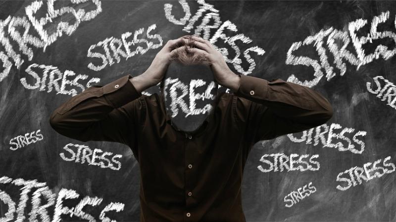 4 fontes de stress no trabalho
