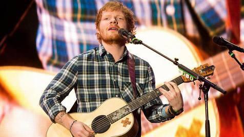 """Ed Sheeran fez cover de """"Dirrty"""" de Christina Aguilera"""