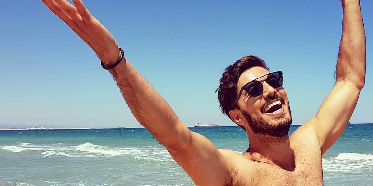 Apresentador de televisão espanhol encantado com o Algarve
