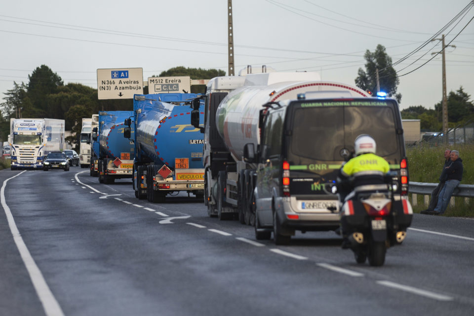 Motoristas: Acordo-quadro põe fim às cargas e descargas não obrigatórias