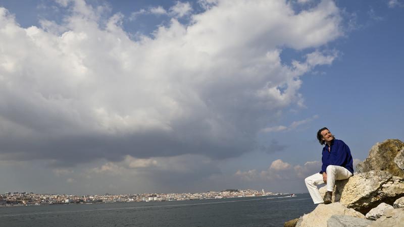 O que está a trazer os músicos estrangeiros para cá e como Portugal os influencia