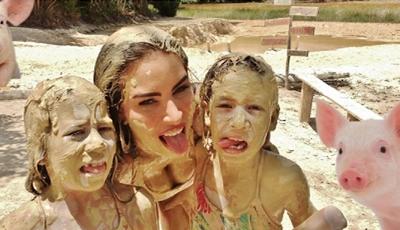 Conheça as gémeas mais caricatas do Brasil, com muitas brincadeiras e diversão