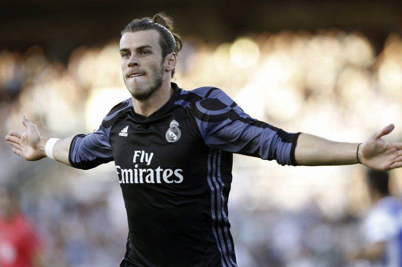 Renovação à espera de Gareth Bale