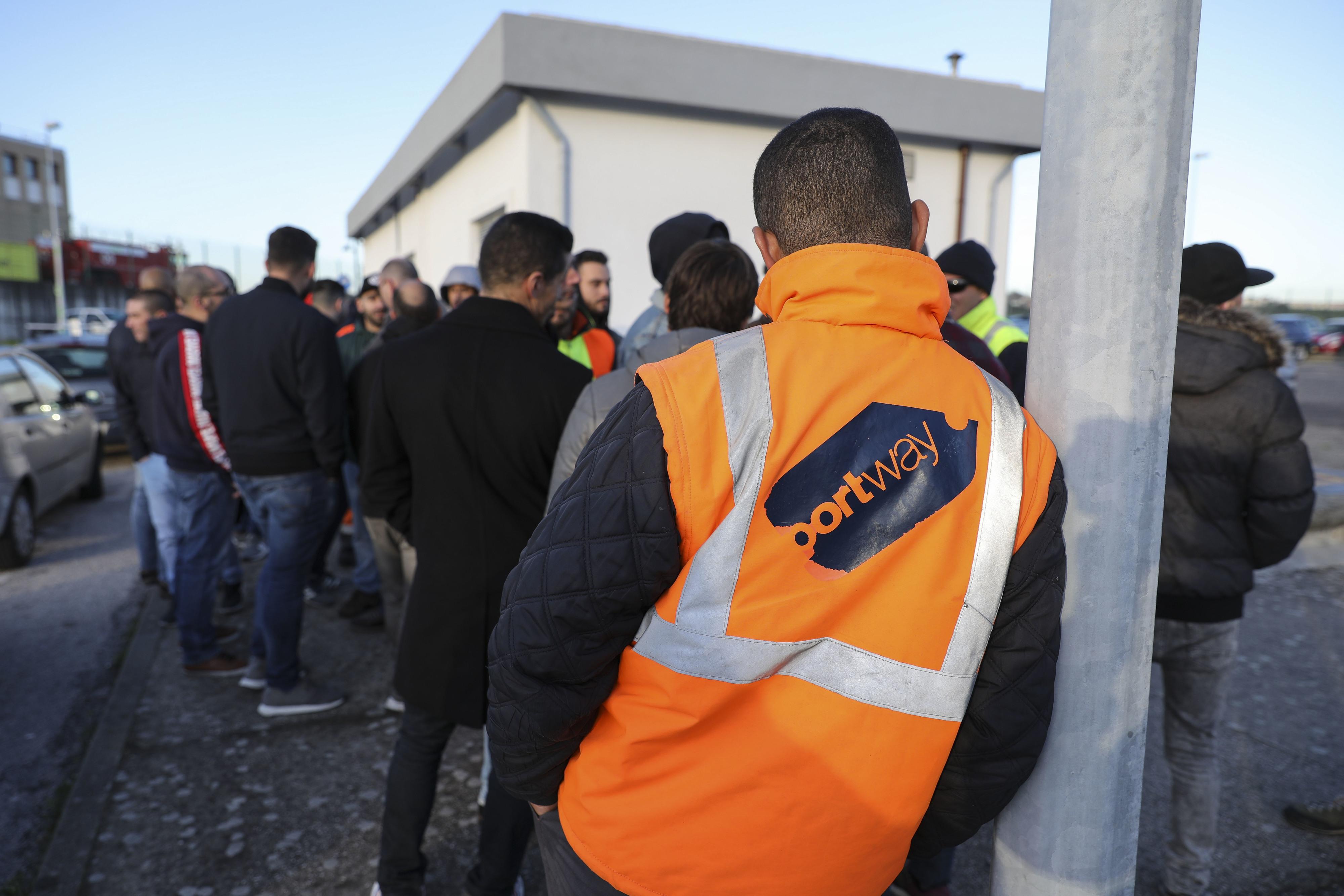 Empresa de assistência nos aeroportos Portway avança para 'lay-off'