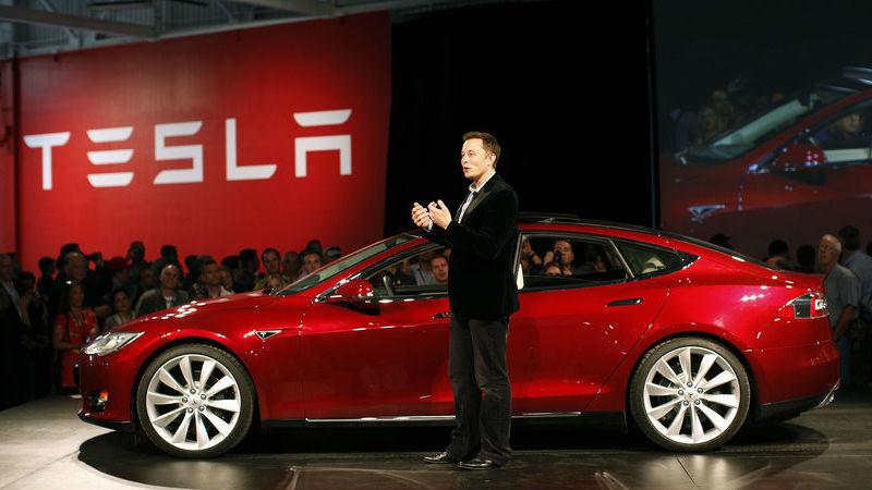 Vem aí o Model 3: Tesla mais barato já pode circular na Europa