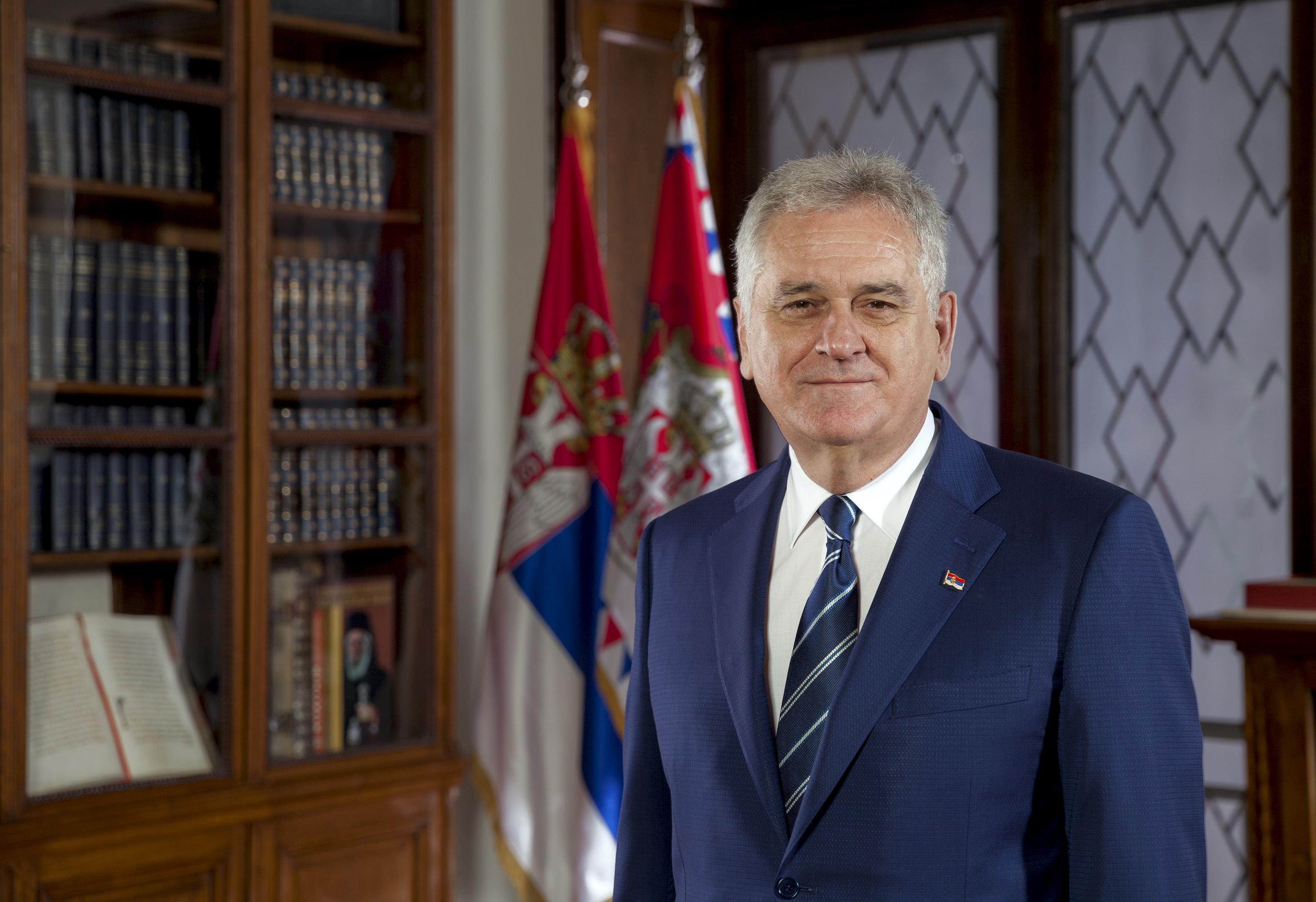 Presidente sérvio visita Portugal. Relações económicas na agenda