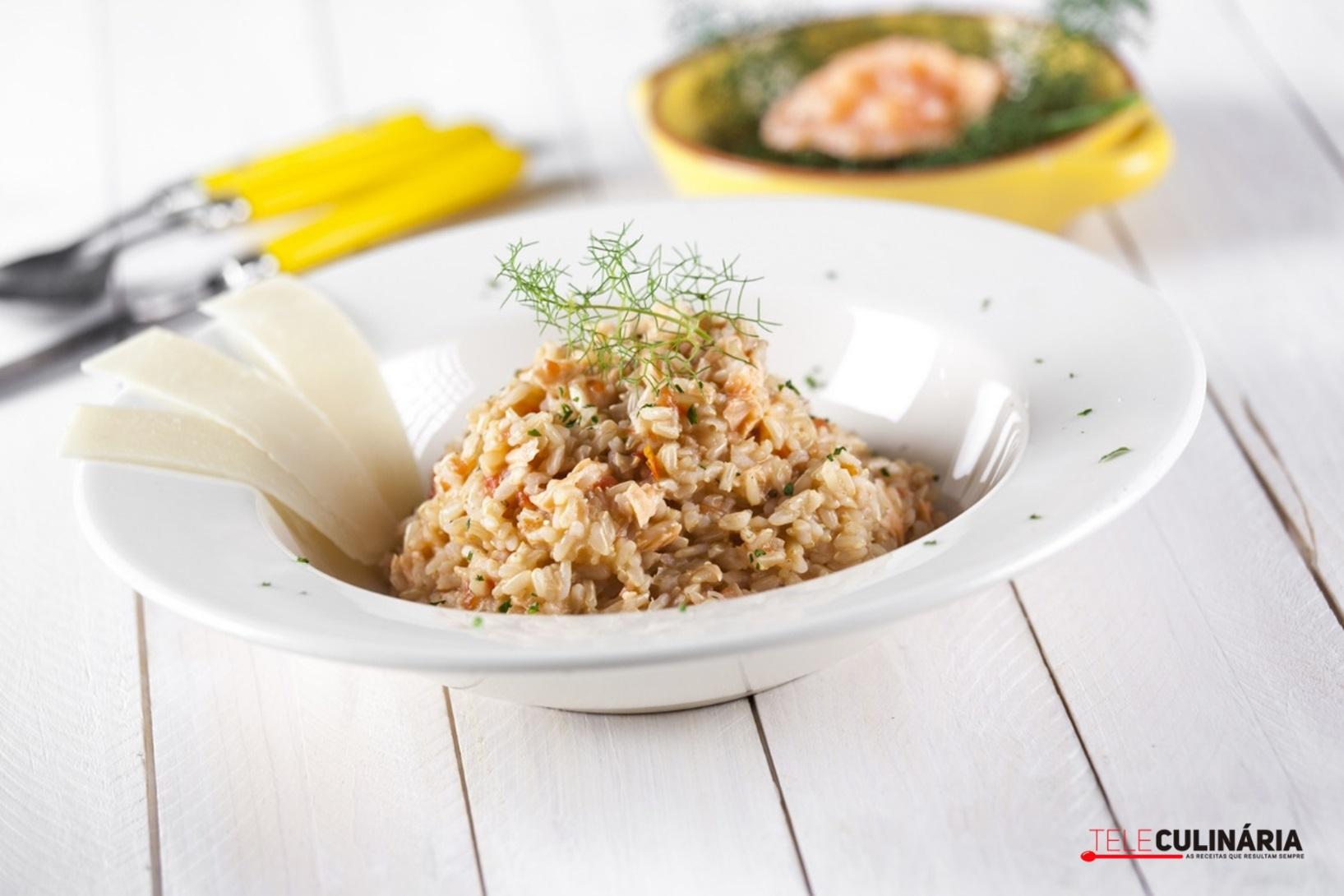 Risotto de arroz integral com salm o fumado sapo lifestyle - Risotto arroz integral ...