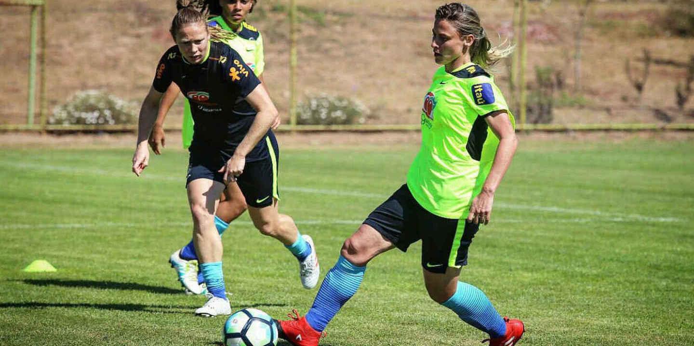 Benfica anuncia contratação de Daiane Rodrigues para o futebol feminino