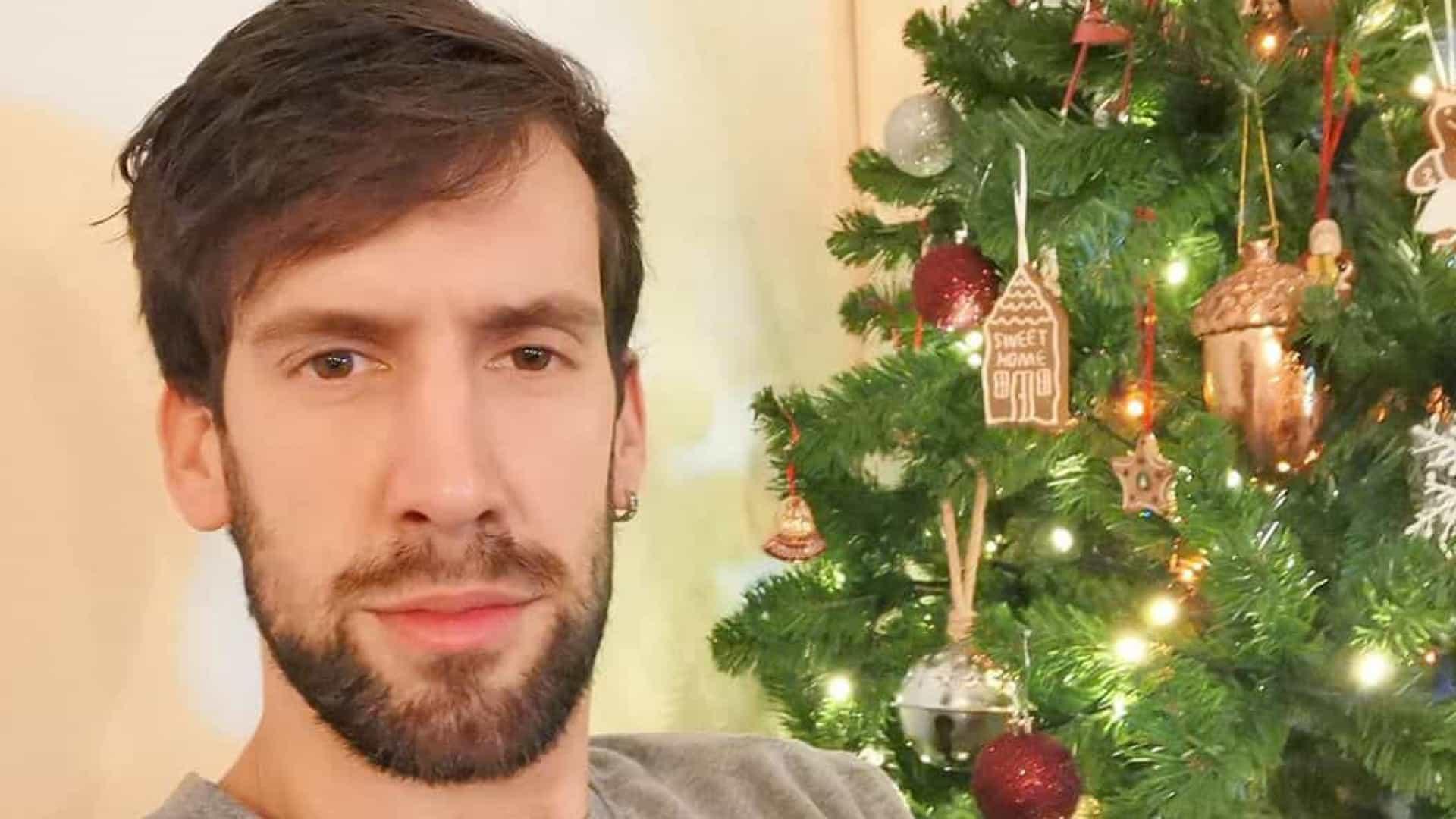 """""""Para que o Natal pareça mais longo, já fizemos a nossa árvore"""""""