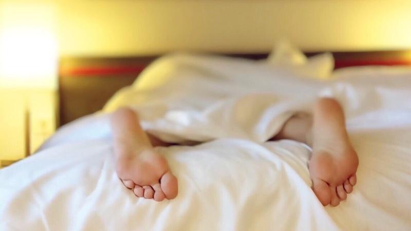 10 coisas que as pessoas muito saudáveis fazem antes de dormir