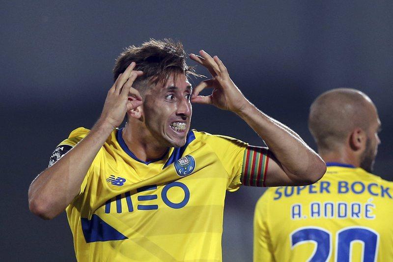 Herrera deverá voltar ao onze em Leicester