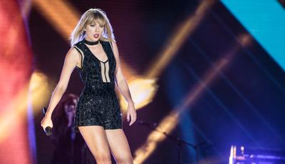 Taylor Swift estreia documentário na Netflix: quem a viu e quem a vê
