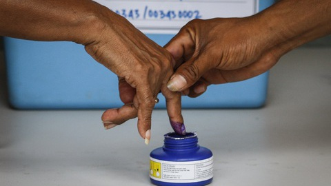 Eleições: Sem acordo para observadores, UE envia missão de peritos