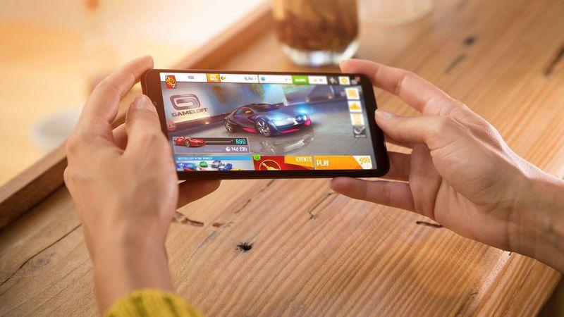 """Smartphone de ecrã infinito da Wiko View """"cresce"""" para versão XL. Mas continua barato"""