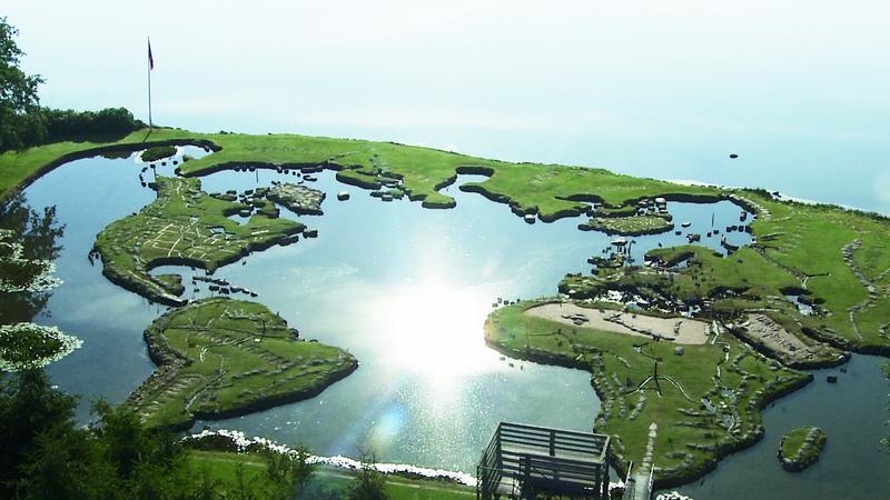 Este parque reproduz a Terra e demorou 25 anos a ser construído por uma só pessoa